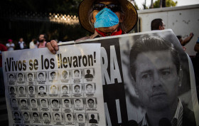 Ayotzinapa 9 meses